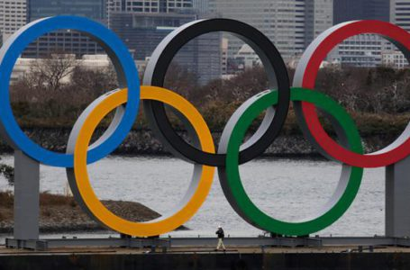 Katsunobu Kato Bantah  Pemberitaan  yang Katakan Pemerintah Prioritaskan Vaksin untuk Atlet Olimpiade