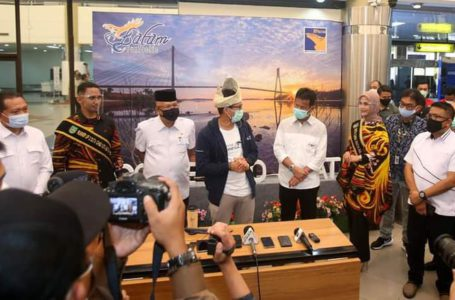 Menteri Pariwisata dan Ekonomi Kreatif (Menparekraf) Sandiaga Uno menggelar kunjungan kerja di Batam, Jumat (22/1/2021).