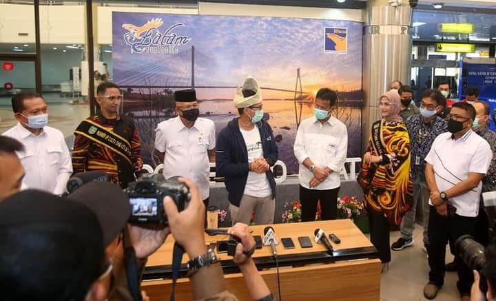 Menteri Pariwisata dan Ekonomi Kreatif Sandiaga  Uno ajak  Pelaku Bisnis berani Inovatif Saat Membuat Konten