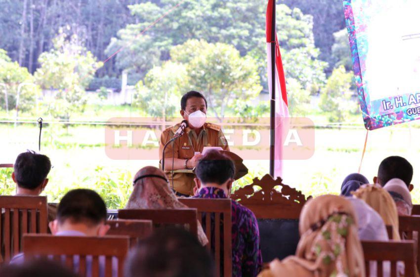 Gubernur Lampung Arinal Djunaidi dalam acara Rapat Koordinasi Lingkup Perkebunan se-Provinsi Lampung, di Taman PKK Agropark, Lampung Selatan, Selasa (2/2/2021).