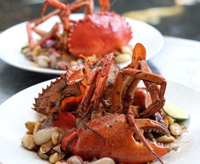 Nikmati Kelezatan Garlic Butter Crab di BAE Senayan City