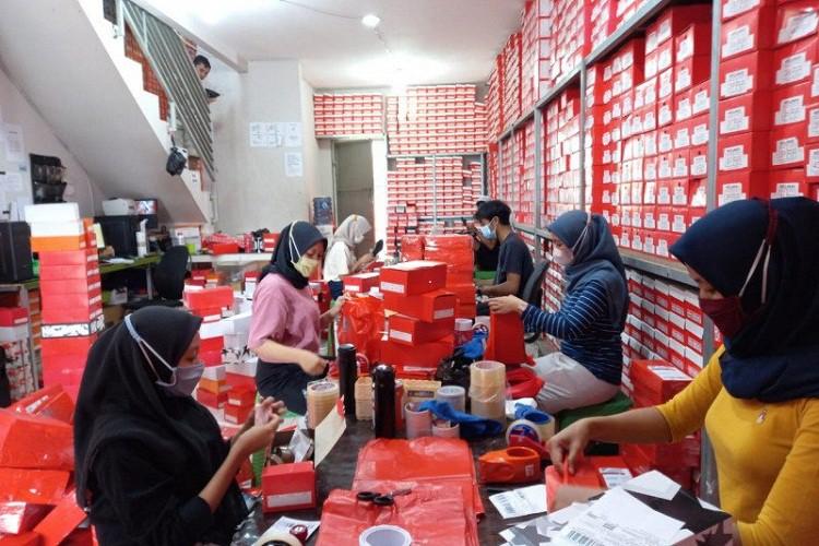 Berkat Digitalisasi UMKM, Brand Sepatu Bogor Tembus Pasar Ekspor