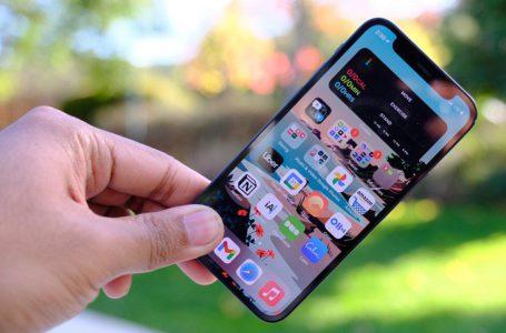 Apple Batasi Produksi iPhone 12 Mini Sebanyak 20 Persen