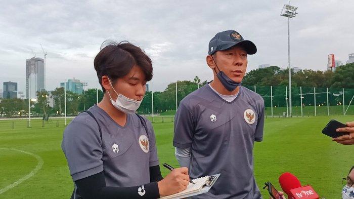 Shin Tae-yong Pelatih Timnas Indonesia Santai Meski Belum di Vaksin Covid- 19