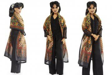 Mattel Indonesia Berikan Penghargaan Terhadap Anne Avantie dalam Program Barbie Role Model 2021
