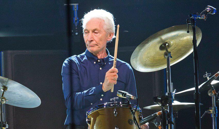 Musisi Dunia Berduka Atas Meninggalnya Drummer The Rolling Stones