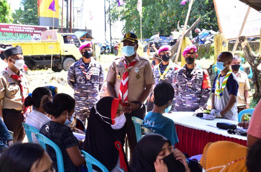 Korps Marinir TNI AL Bersama Dinas Kesehatan Papua Barat Gelar Serbuan Vaksinasi Massal di Kota Sorong