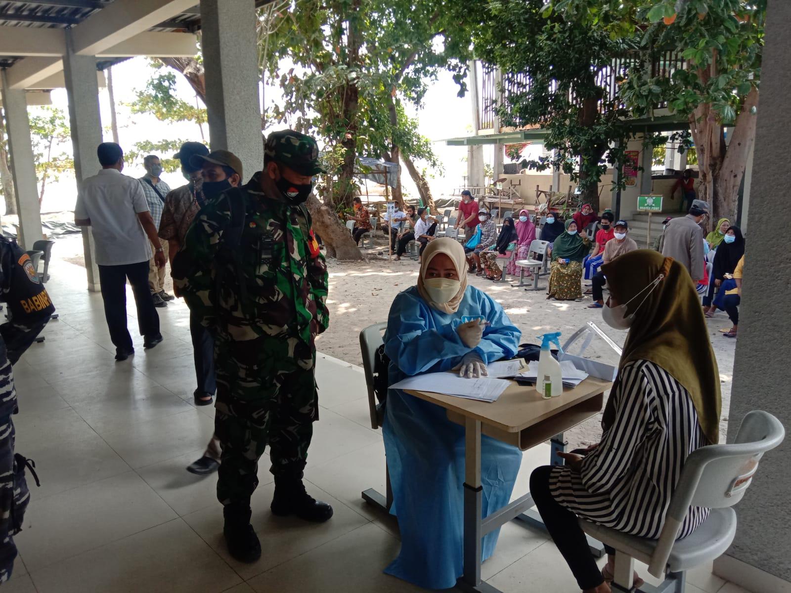 Vaksinasi covid-19 di Kepulauan Seribu